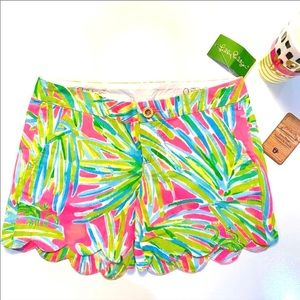 Lilly Pulitzer Tiki Buttercup Scallop Hem Shorts 0